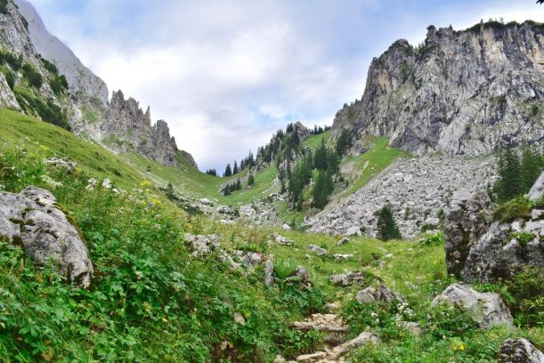 Aufstieg zum Kenzensattel - Die wilde Gebirgslandschaft fasziniert mich