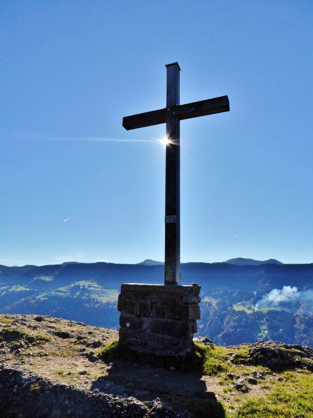Westallgäuer Wanderwochen - Panoramawanderung Alpsee - Gipfelkreuz Salmaser Höhe