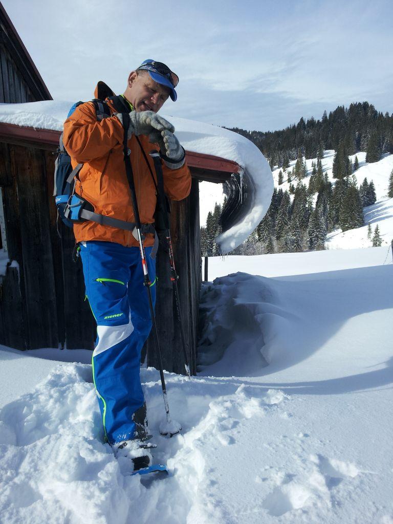 Schneearten und Lawinen- wichtig zu wissen im Skiurlaub