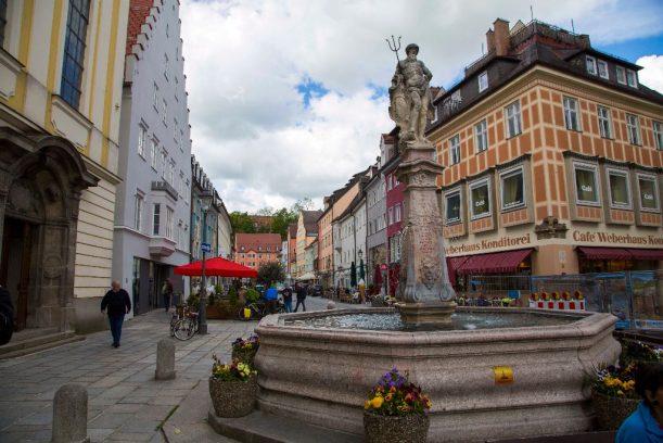 Der traumhafte Marktplatz Kaufbeuren auf der Radrunde Allgäu.