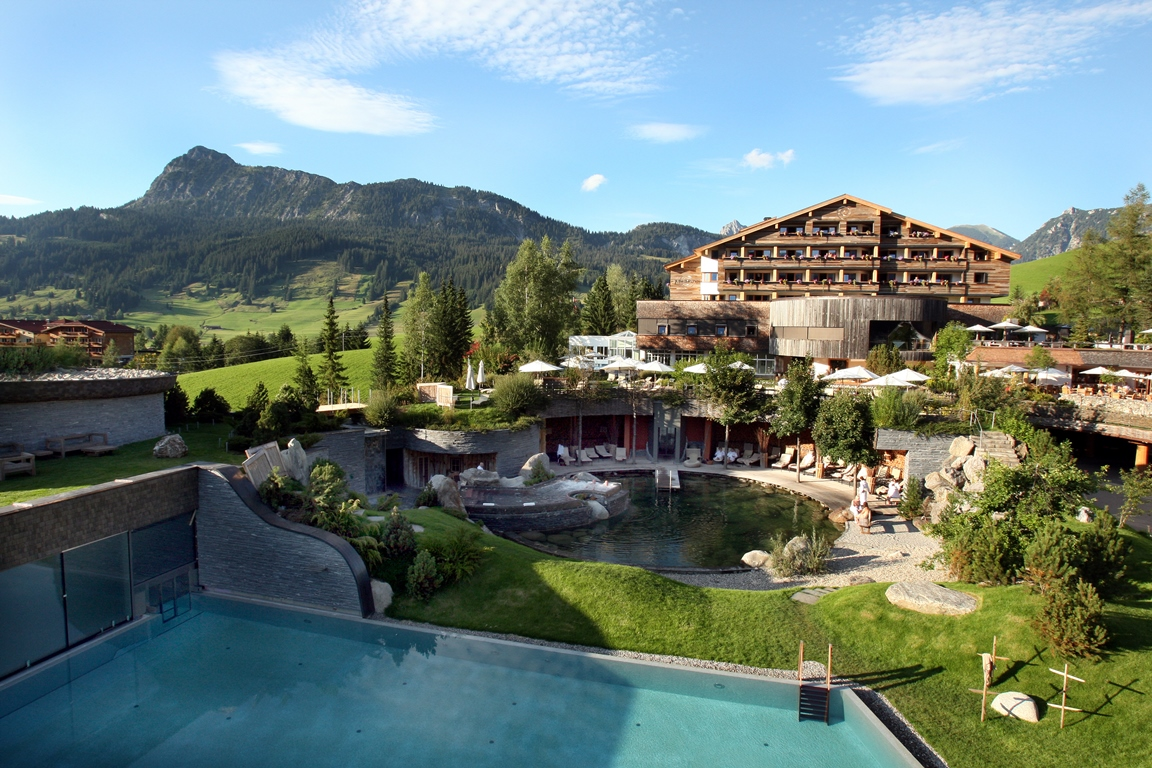 Hotels In Alpine With Pool