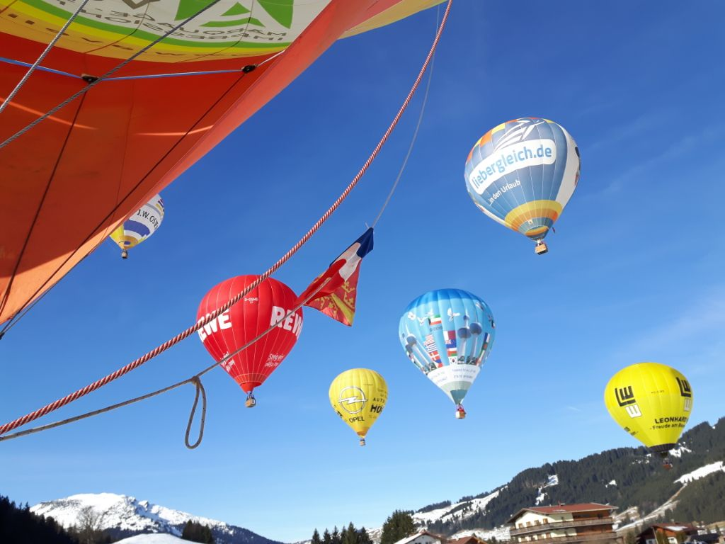 Ballonstart Ballonfestival Tannheimer Tal