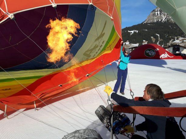 Hülle hoch für den Ballon