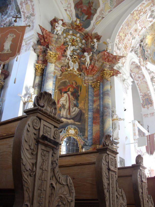 Lädt zum Gebet ein: die Pfarrkirche von Bertoldshofen. (Foto: Stadt Marktoberdorf)
