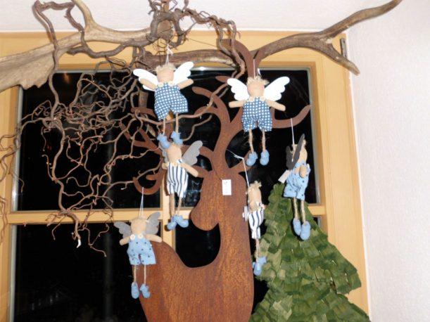 Engel-Flugschule? - Beim Sternenbummel findet man entzückende Weihnachtsgeschenke ganz nebenbei. (Foto: Sarah Michna)