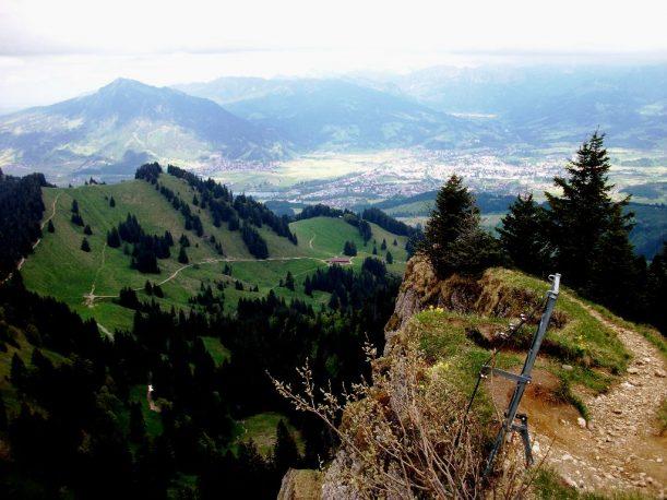 Der Steineberggipfel ist auch über eine luftige Leiter erreichbar