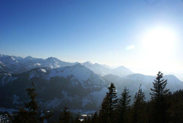 Blick auf die Tiroler, Schweizer und Alghäer Alpen vom Breitenberg aus
