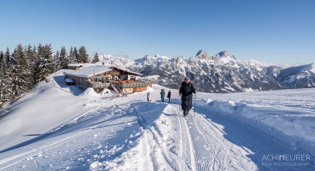 Wandern im Winter in Tirol