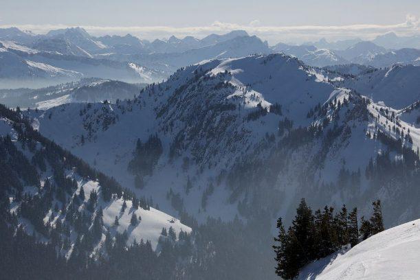 Gipfel vieler bekannter Berge vom Gündleskopf zum Buralpkop
