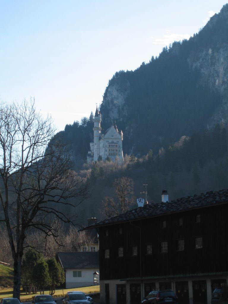 Schloss Neuschwanstein - Märchenschloss in den Bergen