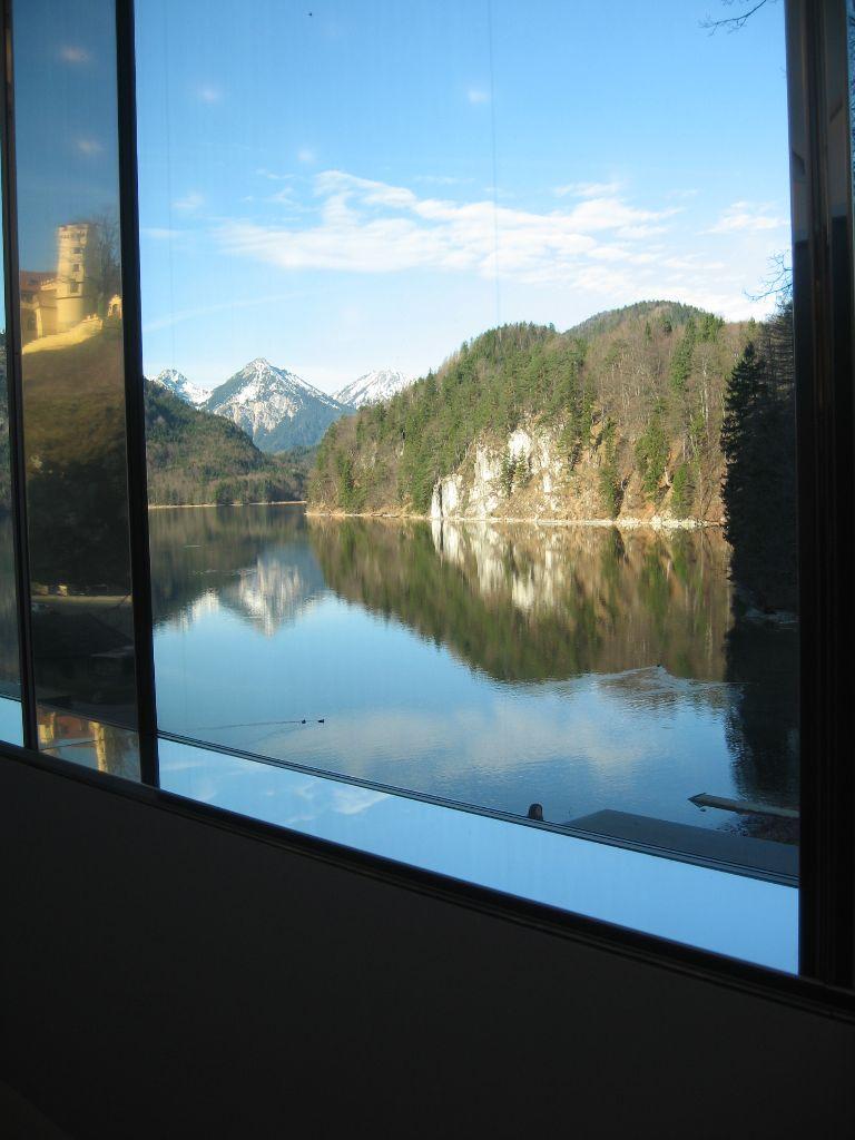 Ausblick auf den Alpsee und Schloss Hohenschwangau