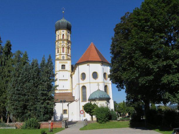 Im Hochparterre Marktoberdorfs: die Pfarrkirche St. Martin