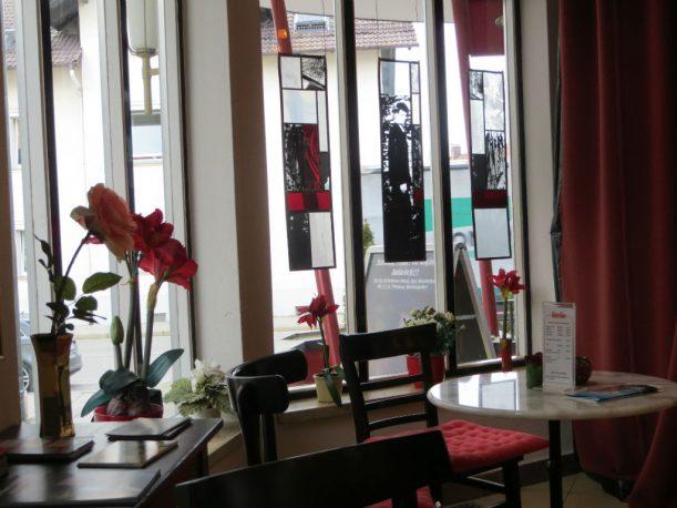 """Auch im Foyer der """"filmburg"""" hält man sich gerne auf (Foto: Christoph Thoma)"""