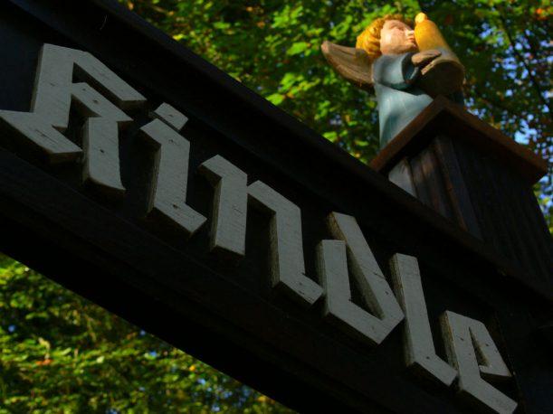 Der Kindle-Engel weist Pilgern den Weg. (Foto: Stadt Marktoberdorf)