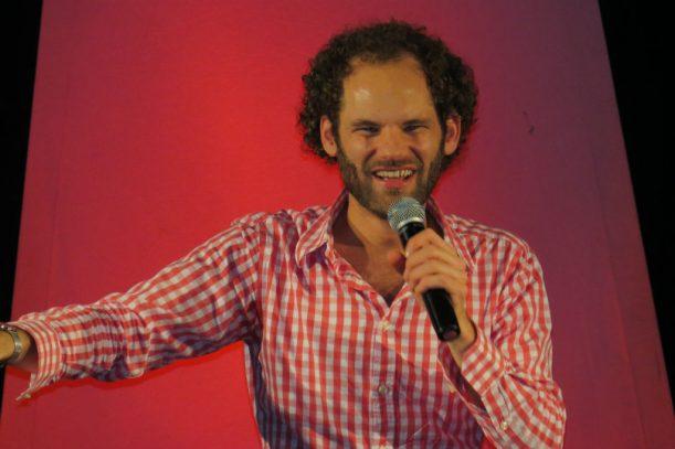 """Kabarettist Maxi Schafroth """"live"""" in der """"filmburg"""" (Foto: Monika Schubert)"""