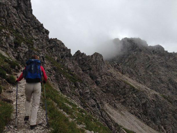 Die Bewölkung macht nichts, dann eben kein Klettersteig sindern der Krumbacher Höhenweg