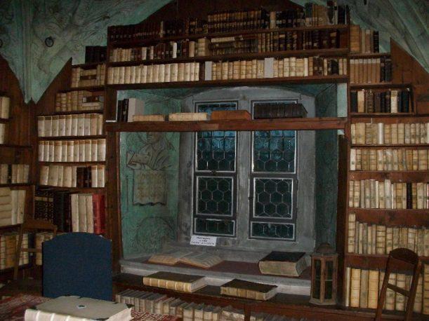 Predigerbibliothek Nikolaikirche in Isny im Allgäu