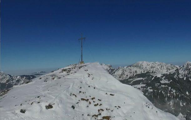 schneeschuhwanderung-allgaeu-bergwasser-5