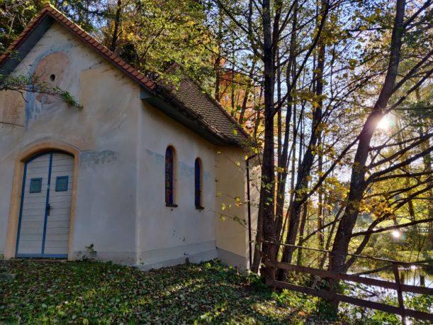 Zeit für Stille, Katzbrui Teiche, Quellen und Kapelle