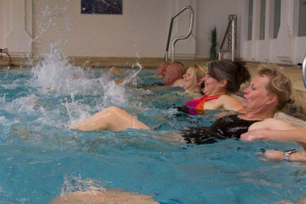 Wassergymnastik oder Walking gehört zur Logi Woche im Wellnesshotel Eggensberger