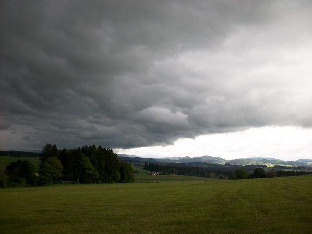 Gewitterwolken auf der Wandertrilogie